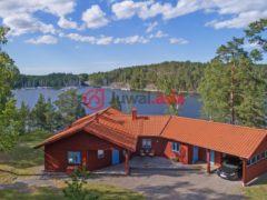 居外网在售瑞典4卧的房产总占地5450平方米SEK 16,000,000