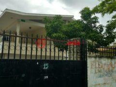 海地8卧6卫的房产
