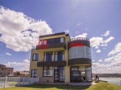 居外网在售南非Gonubie的房产总占地1127平方米