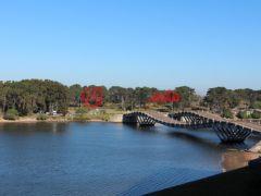 居外网在售乌拉圭Barra de Maldonado4卧3卫的房产USD 1,100,000