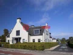 居外网在售荷兰Aalsmeer9卧的房产总占地2111平方米EUR 1,850,000