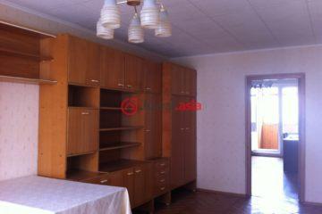 居外网在售俄罗斯2卧1卫局部整修过的房产总占地59平方米USD 290,000