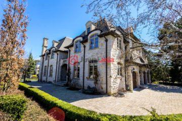 加拿大房产房价_安大略省房产房价_多伦多房产房价_居外网在售加拿大多伦多8卧6卫最近整修过的房产总占地1242平方米CAD 6,780,000
