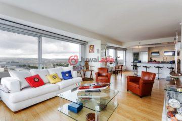 居外网在售法国3卧2卫最近整修过的房产总占地110平方米EUR 1,288,888