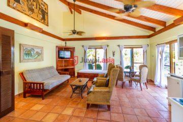 居外网在售伯利兹1卧1卫原装保留的房产总占地2平方米USD 279,000